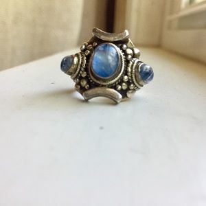 Jewelry - Gorgeous .925 ornate silver ring